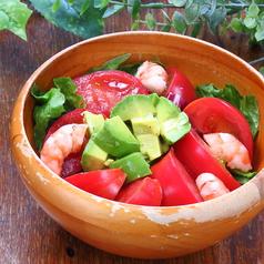 海老とアボカドのリコピンサラダ