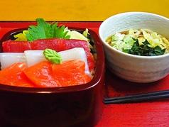 草加新田市場食堂の写真
