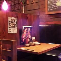 美味しいごはんとゆったり空間☆ついつい長居しちゃうこと間違えなしのテーブル席です♪