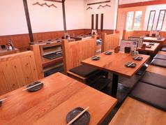 テーブル席は2~4名様までが◎