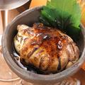 料理メニュー写真名物 超新鮮肉巻き半熟赤卵