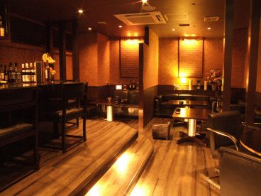 GRAND BAR FUKUOKAの雰囲気1