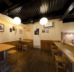 洋風居酒屋ヤツハシの雰囲気1