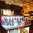 店内のワインは60種類以上の品揃え!