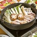 料理メニュー写真地鶏すき焼鍋/地鶏水炊き鍋