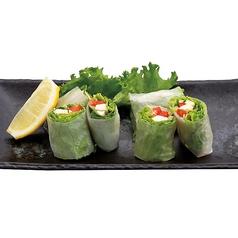 麓鶏と野菜の生春巻き/海鮮オニオンサラダ/ラーメンサラダ/ポテトサラダオンサラダ