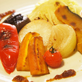 料理メニュー写真旬の野菜ステーキ