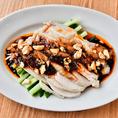 四川省でよく食べられている「よだれ鶏」。その名の通り美味!