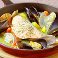 料理メニュー写真鮮魚のアクアパッツァ