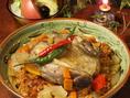 当店一番人気のエスパニョーラをはじめ様々な創作料理をご用意しております。