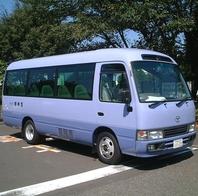 バスでの送迎致します
