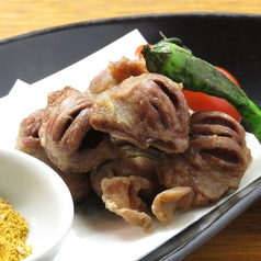 料理メニュー写真砂ズリの唐揚げ カレー塩