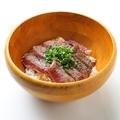 料理メニュー写真ステーキ丼