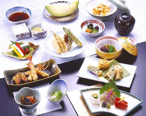 厳選素材と熟練の技が生み出す日本伝統の味をご賞味ください。