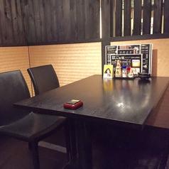 テーブル席(2名様から4名様)