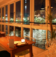 【3階】隅田川とスカイツリーを眺めるお洒落空間