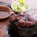 料理メニュー写真馬肉の石焼ステーキ