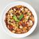 料理メニュー写真自家製ミートソースのピザ