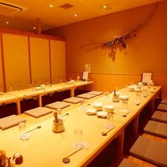 北海道の幸と地酒 札幌弥助 海浜幕張店の雰囲気1