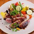 料理メニュー写真ハンガリー産 カモ胸肉のポワレ