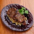 料理メニュー写真ニュージランド産 仔羊(肩ロース)串焼 1本