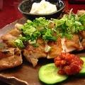 料理メニュー写真鶏もも肉の炙り焼き