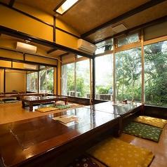 博多居酒屋こうのとりの雰囲気1