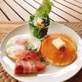 料理メニュー写真目玉焼き朝食