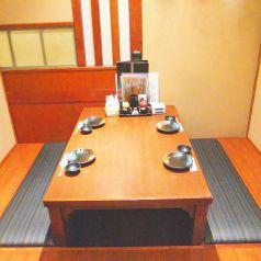 地階:人気の掘りごたつの個室席
