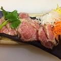 料理メニュー写真三崎カマトロ炙り刺し