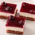 料理メニュー写真ブルーベリーチーズケーキ