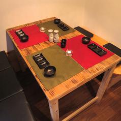 【4名様~6名様のテーブル席】テーブル席でご案内♪個室風になっているのでまわりを気にせずお食事いただけます!お気軽にご相談、お問い合わせ下さい。谷山エリアコスパNO.1のお店です。