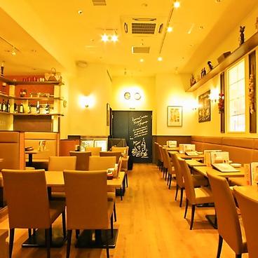 カプリチョーザ トマト&ガーリック ラゾーナ川崎店の雰囲気1