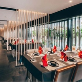貸切50名様~64名様まで可能■京阪三条徒歩3分駅近■【デザイナープロデュース】ラグジュアリーな雰囲気の店内。各テーブルに仕切りがついているので個室気分では会話も弾み、盛り上がります。最大64名様までご利用可能。接待・家族との会食・会社宴会にぜひご利用ください。