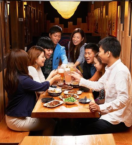 298円均一(税抜)で食べられる焼鳥は国産鶏肉使用!ジューシー&ボリュームたっぷり!