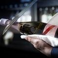 誕生日・記念日に◎ワインボトルの栓ををナイフで切り落とすサーベルカットサービス!!サプライズにピッタリ♪
