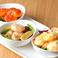 料理メニュー写真エビの炒めもの3種盛Three types of fried shrimp