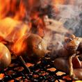 当店名物の藁焼き!カツオ、鶏、合鴨、馬肉など、こだわり食材を藁焼きでご堪能頂けます!是非ご賞味あれ!
