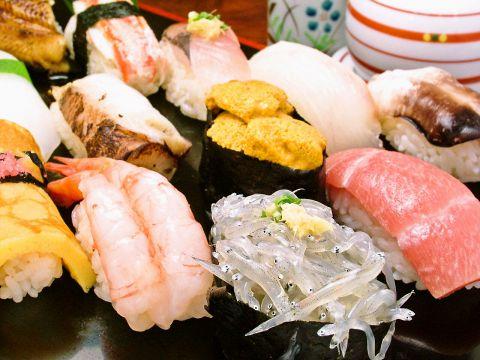 【板前おまかせ握り】贅沢鮨12貫+すだれ巻き寿司3200円→3000円