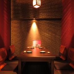 接待やお食事会にぴったりのお席です。大人の隠れ家で、糸島産の食材に舌鼓。