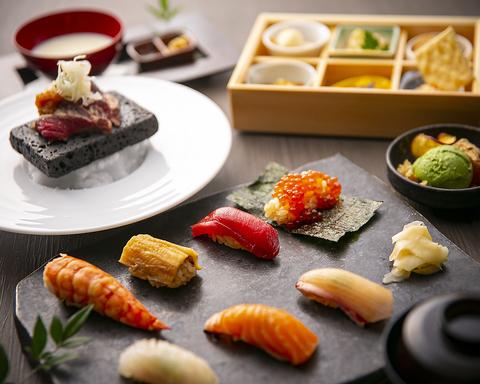 こだわりの赤酢シャリと、和職人目利きの鮮魚のネタで、本格江戸前鮨をご堪能下さい。