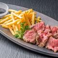 料理メニュー写真牛リブロースのステーキ