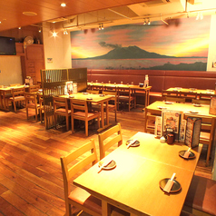「フロア貸切り」桜島を眺めながら、50名様以上で貸切可能なテーブル席立食時最大80
