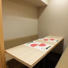 4~6名様の少人数個室。接待に最適。