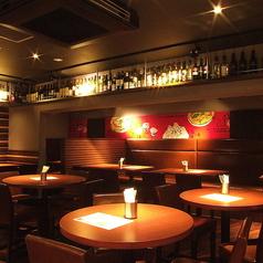 gigas Oyster Spot Bar 高田馬場店の雰囲気1
