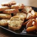 料理メニュー写真チーズトースト アンチョビソース