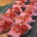料理メニュー写真ローストビーフ・肉寿司