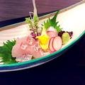 料理メニュー写真天然真鯛の造り