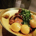 料理メニュー写真柔らか鶏肝とうずらの旨煮