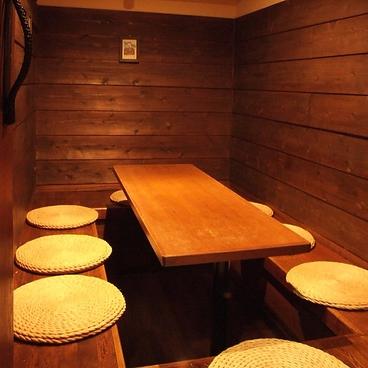 琉球Dining ひがし町屋の雰囲気1